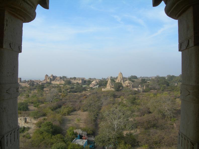 Pohled z věže 2 -- Pohled z v